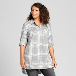 Ava & Viv Grey & Red Plaid Button Up Tunic Top 4X